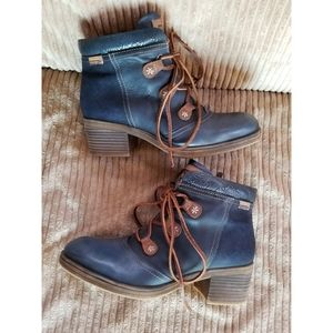 Pikolinos Blue Leather Suede Booties